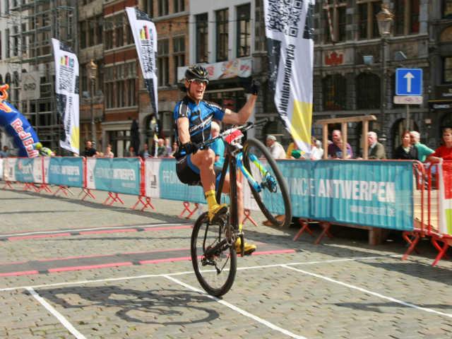 Duitser Eyring wint City Mountainbike Antwerpen