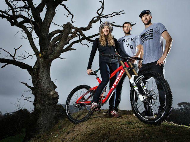 Athertons naar Trek Factory Racing Downhill Team
